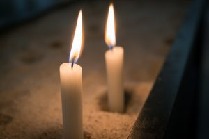 candle-1262008_1920